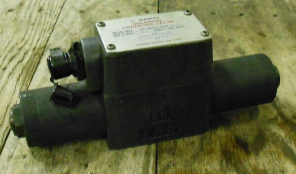 Daikin SOLENOID OPERATED VALVE, js-g02-2cb-11, 200v, Used, WARRANTY